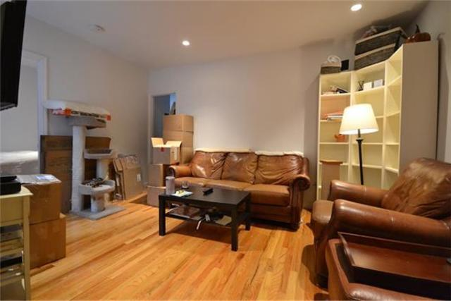 114 Christopher Street, Unit 19 Image #1