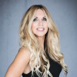 Angela Lance,                       Agent in Dallas-Fort Worth - Compass
