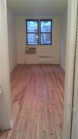203 East 89th Street, Unit 1B Image #1