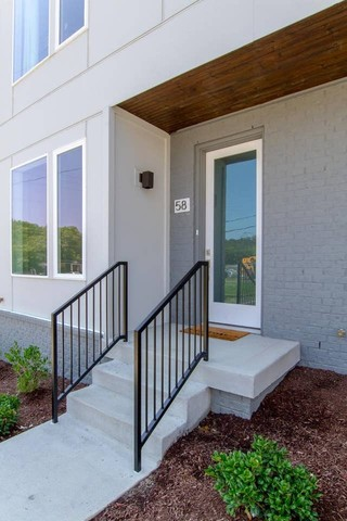 58 Fern Avenue Nashville, TN 37207