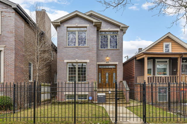 1643 North Talman Avenue Chicago, IL 60647