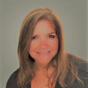 Lynn Eckell