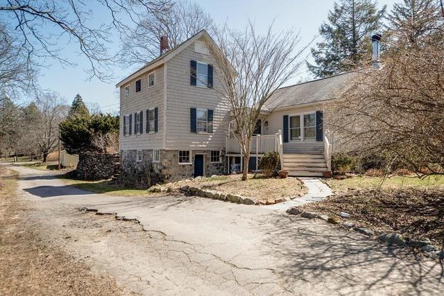 15 Strawberry Hill Street Dover, MA 02030