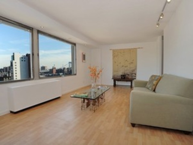 180 Park Row Row, Unit 15E Image #1