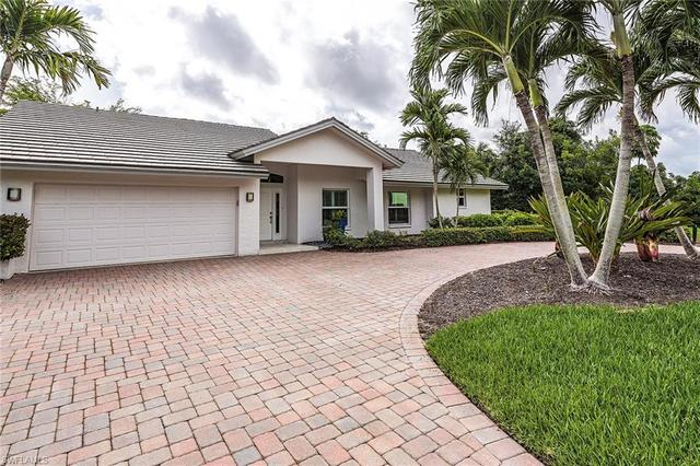 3720 Parkview Way Naples, FL 34103