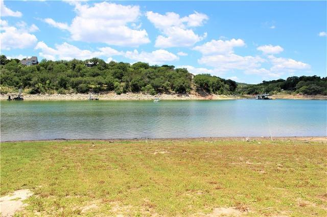 25217 Lakeview Drive Spicewood, TX 78669