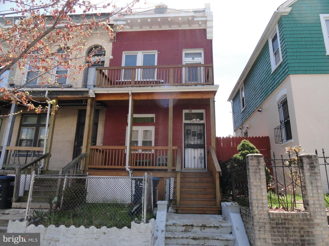 213 Seaton Place Northeast Washington, DC 20002