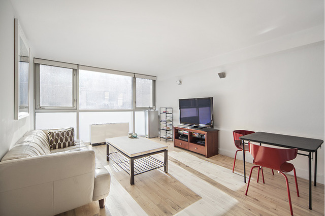 420 West 25th Street, Unit 6J Image #1