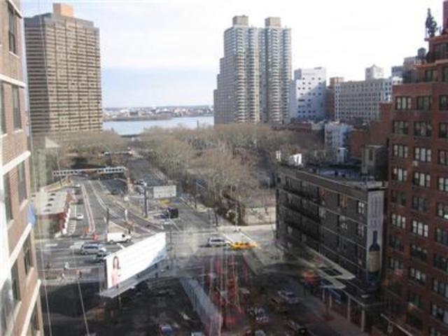 225 East 36th Street, Unit 10J Image #1