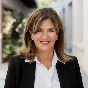 DeeDee Kirsch,                     Agent in San Diego - Compass