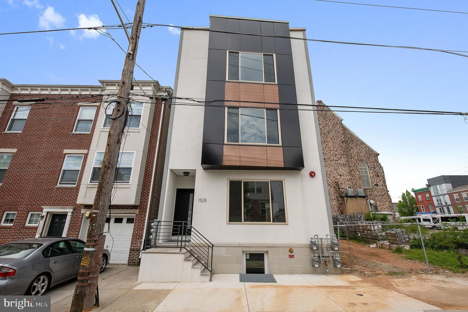 1528 North Marshall Street, Unit 3 Philadelphia, PA 19122