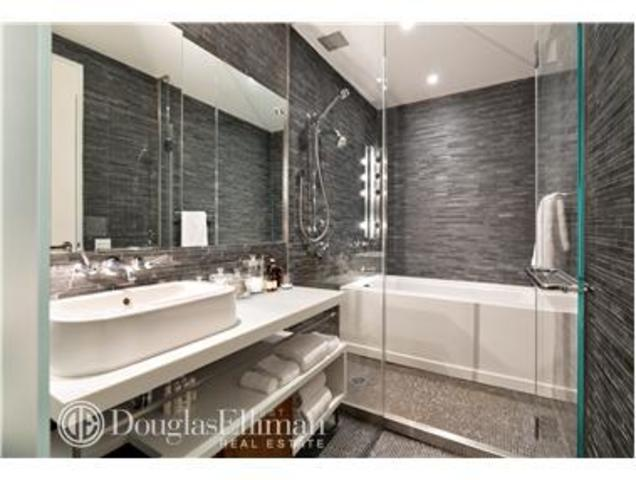 85 West Broadway, Unit 11W Image #1