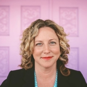 Kelly Moore, Agent in San Diego - Compass