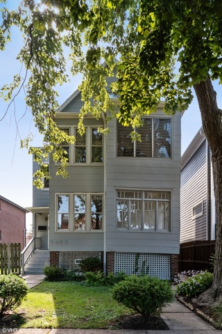 5453 West Leland Avenue Chicago, IL 60630