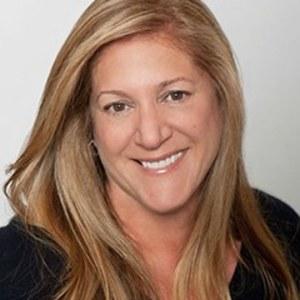 Lisa Ierulli-Clark,                     Agent in San Francisco - Compass