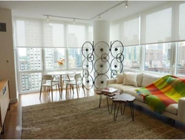 175 West 60th Street, Unit 8F Image #1