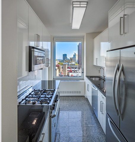 30 East 85th Street, Unit 19B Image #1