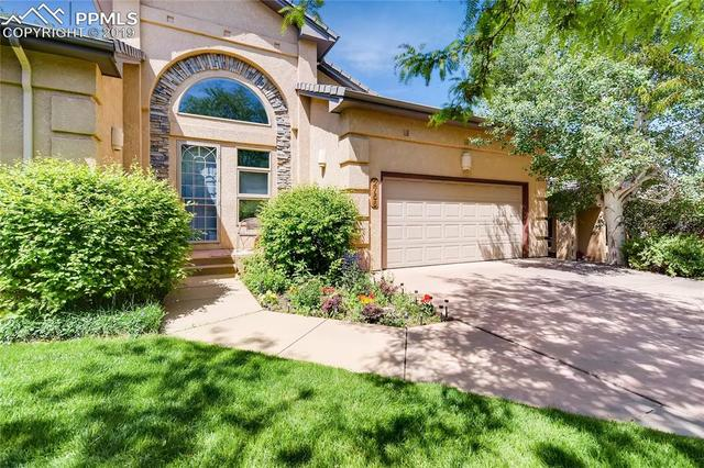 2756 Stonewall Heights Colorado Springs, CO 80909