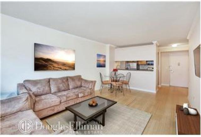 2 South End Avenue, Unit 8M Image #1