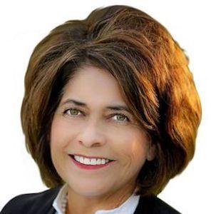 Marta Riedy, Agent in San Francisco - Compass