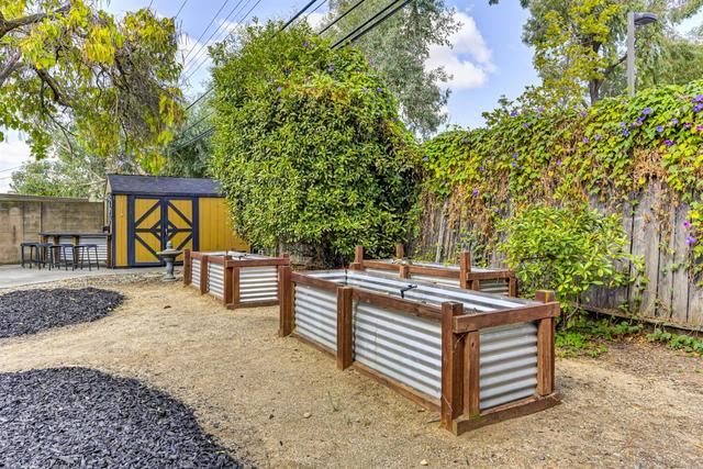 3441 Barrington Road Sacramento, CA 95864