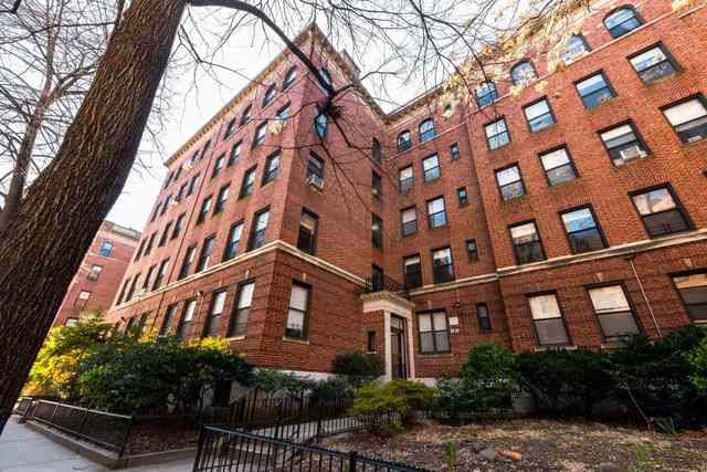 37-22 80th Street, Unit 42 Queens, NY 11372