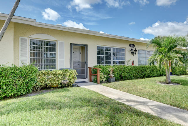 13893 Via Aurora, Unit B Delray Beach, FL 33484