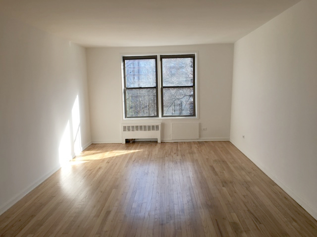3950 Blackstone Avenue, Unit 3U Bronx, NY 10471