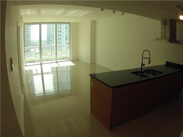 485 Brickell Avenue, Unit 1607 Image #1