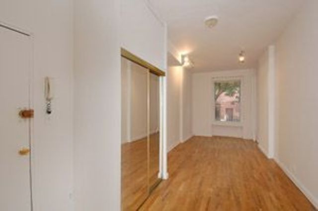 413 West 48th Street, Unit 1FW Image #1
