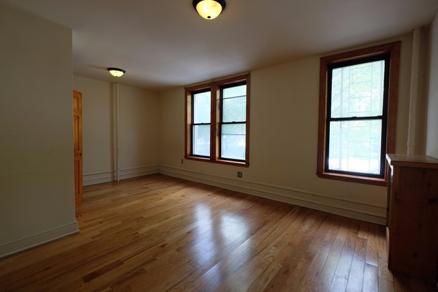 254 Manhattan Avenue, Unit 2A Image #1