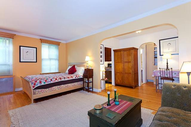357 West 55th Street, Unit 2C Image #1
