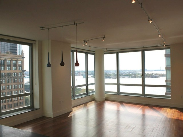 30 West Street, Unit 23E Image #1
