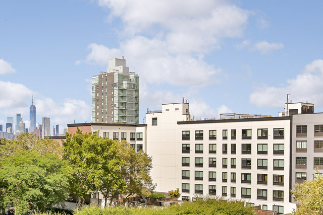 195 Willoughby Avenue, Unit 702 Brooklyn, NY 11205