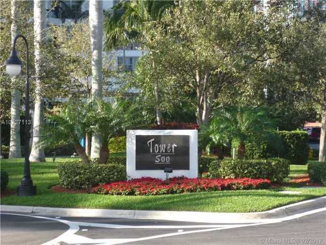 3530 East Mystic Pointe Drive, Unit 2813 Image #1