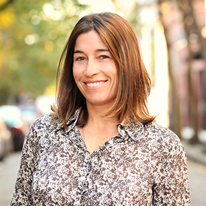 Danielle Lenois,                       Agent in NYC - Compass
