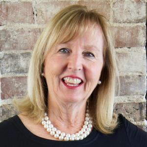 Headshot of Dee Kerner