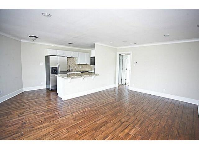 7770 Meadow Road, Unit 110 Dallas, TX 75230