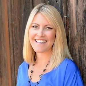 Lauren McCauley Elliott,                       Agent in San Diego - Compass