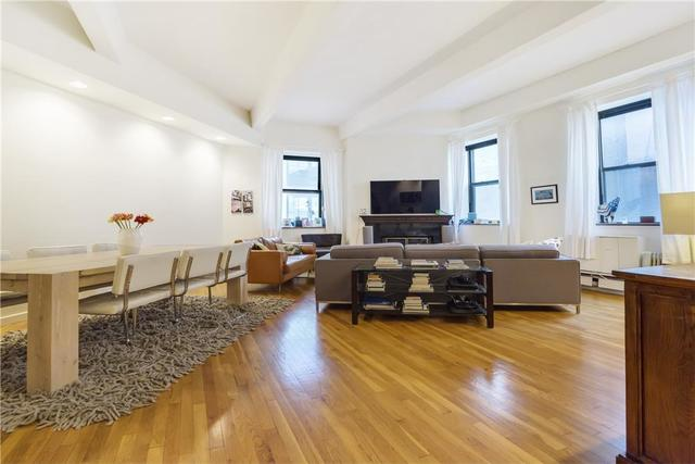 130 East 12th Street, Unit 3B Image #1