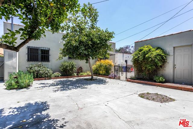 585 North Bronson Avenue Los Angeles, CA 90004