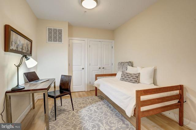 4009 Davis Place Northwest, Unit 202 Washington, DC 20007