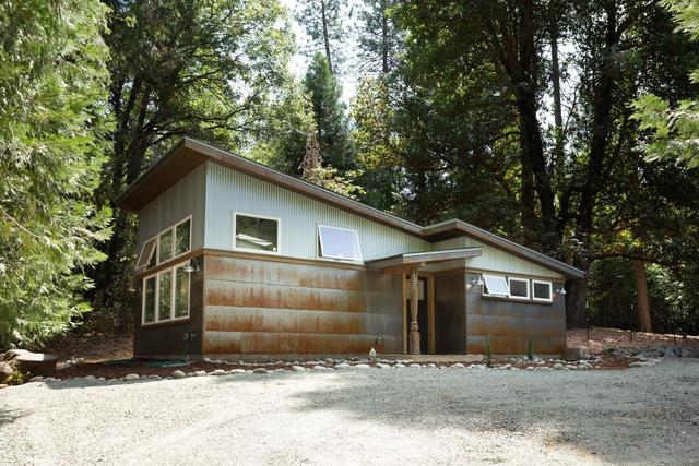 11851 Banner Court Nevada City, CA 95959