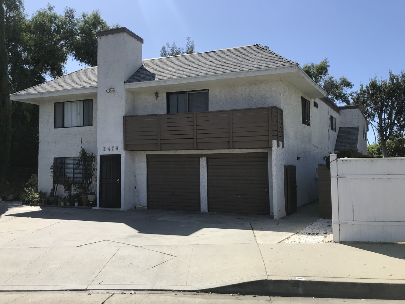 2479 Barry Avenue Los Angeles, CA 90064