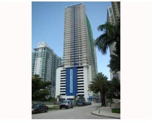 1200 Brickell Bay Drive, Unit 3015 Image #1