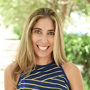 Nina Oksemberg,                       Agent in Miami - Compass