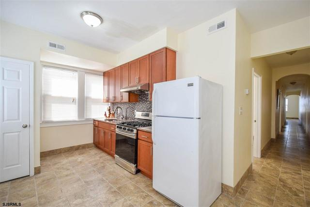 4016 Ventnor Avenue, Unit 3 Atlantic City, NJ 08401