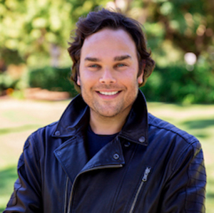 Justin Leigh,                       Agent in Los Angeles - Compass