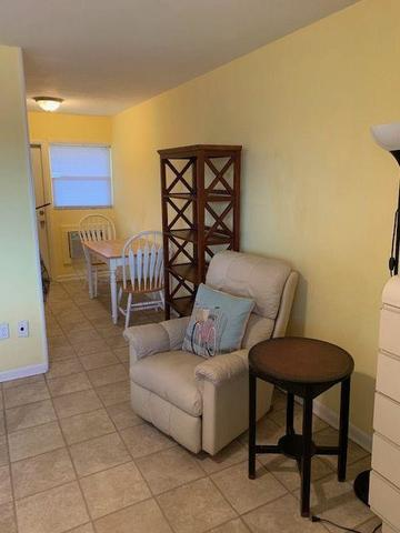 1115 South Ocean Drive, Unit 5 Fort Pierce, FL 34949