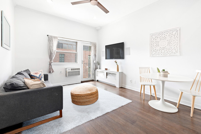 211 Thompson Street, Unit 4P Manhattan, NY 10012